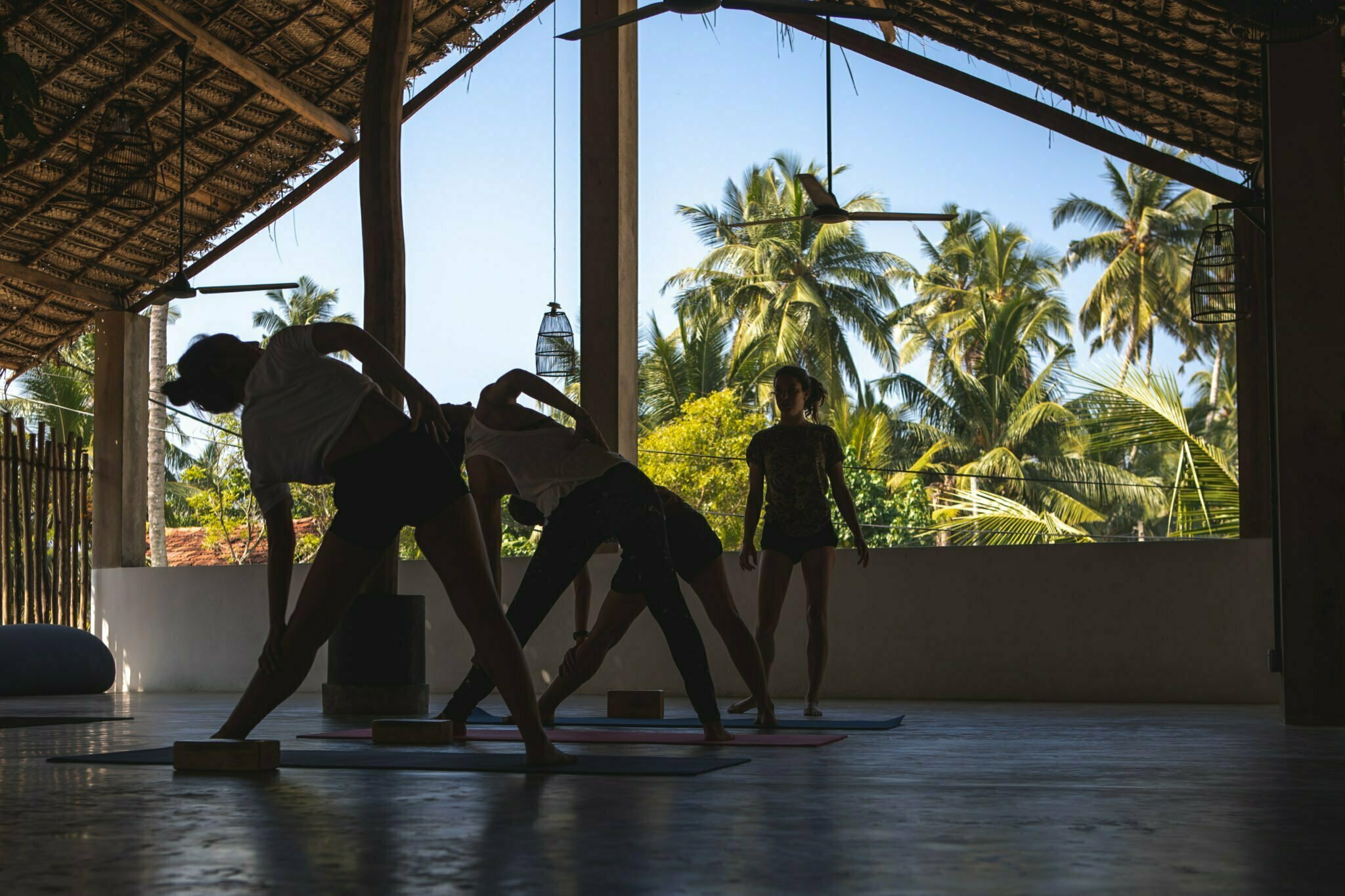 200hr-yoga-teacher-training-sri lanka-stefancamilleriyoga30